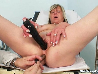 doctor  mature  pussy